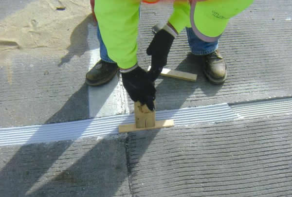 bridge expansion joint installation at Sunshine Industrial